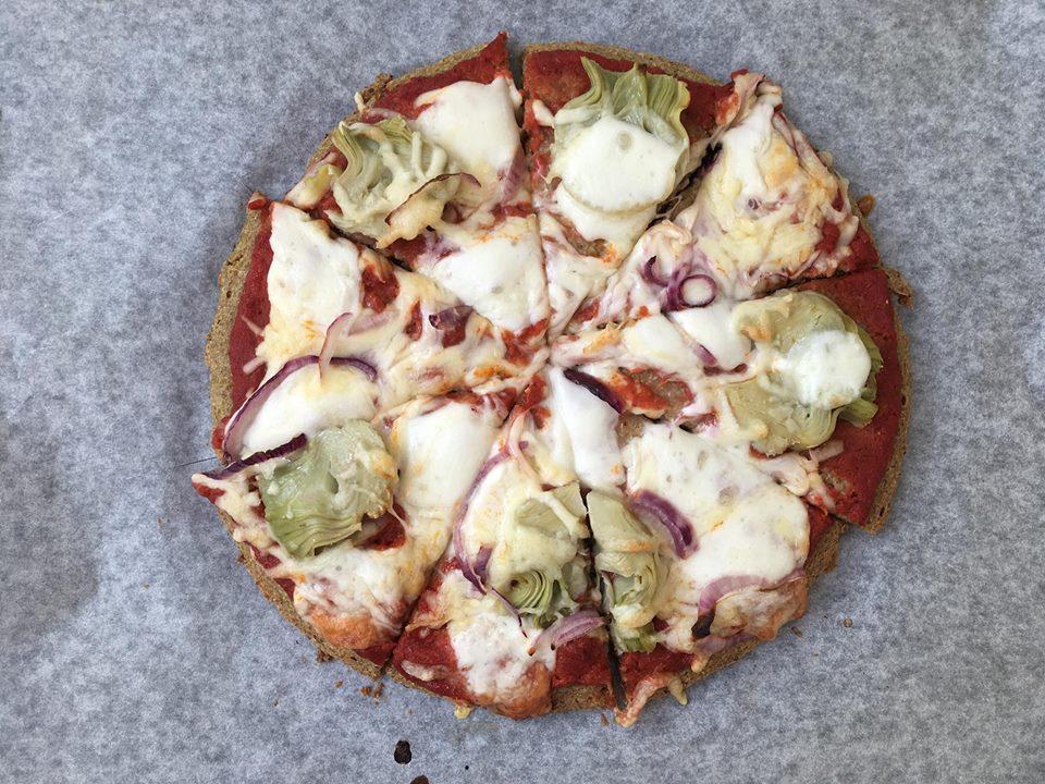 Quinoapizza – m/ artisjokkhjerter & mozzarella