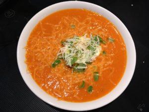 Hjemmelaget tomatsuppe. Bilde