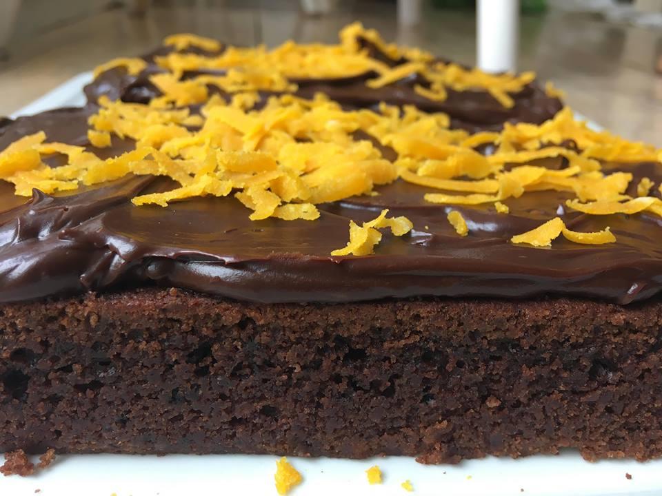 Glutenfri melkefri sjokoladekake. Bilde