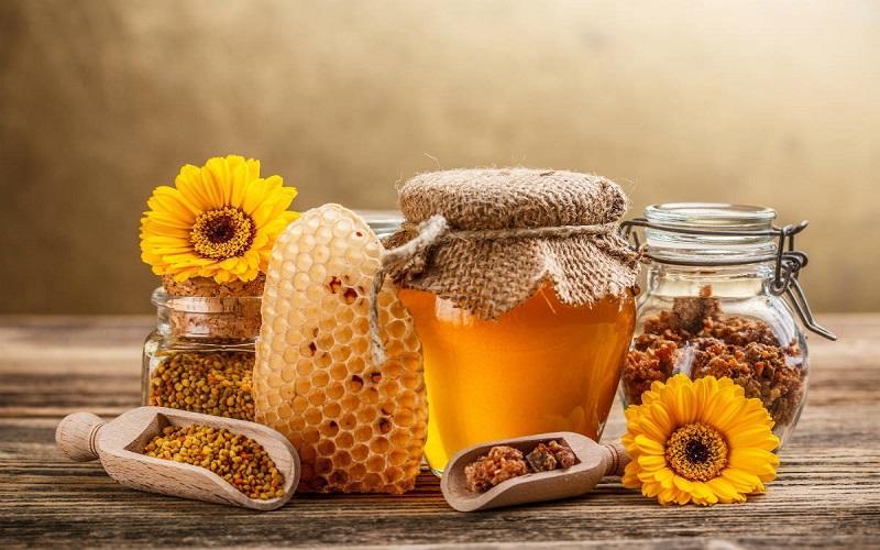 Kaldslynget honning. Bilde