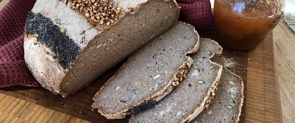 Glutenfritt surdeigsbrød av urkorn